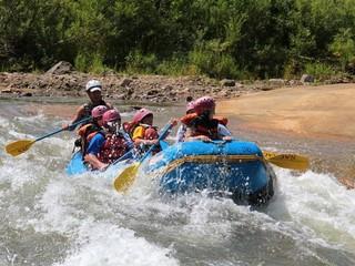 ◆ラフティング/ラフトボートに乗って、ニセコの大自然を感じながら川下り!