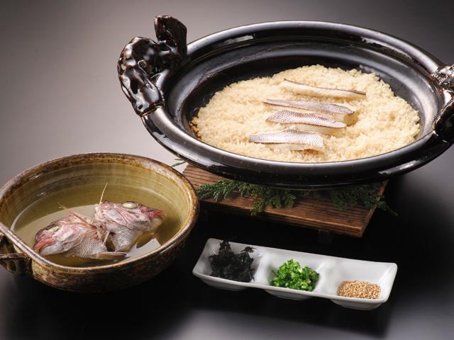 【魚の王様・鯛】春の鯛を1度で3回美味しい「鯛めし」で味わう宿泊プラン!!(3/1~5/31)