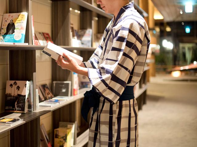 お好みの本を手にゆったりとしたお時間をお過ごしください