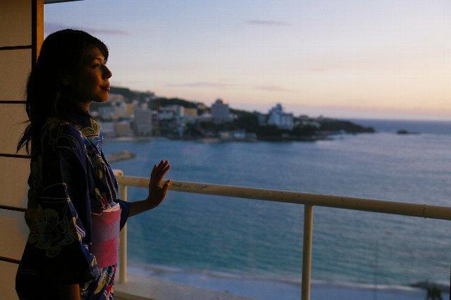 夕暮れ時の白良浜をお部屋で独り占めしませんか?